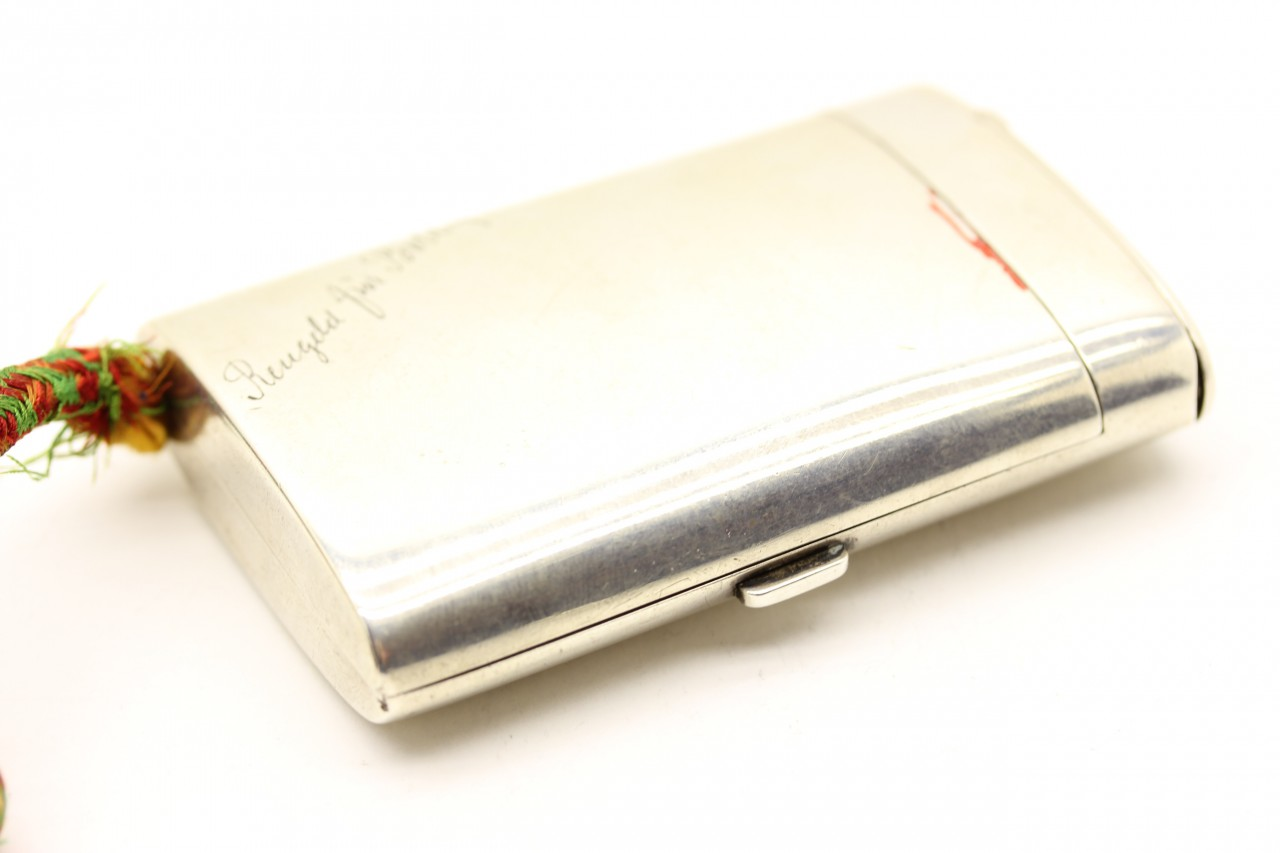Louis Kuppenheim: Zigarettenetui Silber Louis Kuppenheim mit Lunte und Streichholzfach Silber 1904, Silver Cigarette Case with compartment for matches vesta case and tinder cord