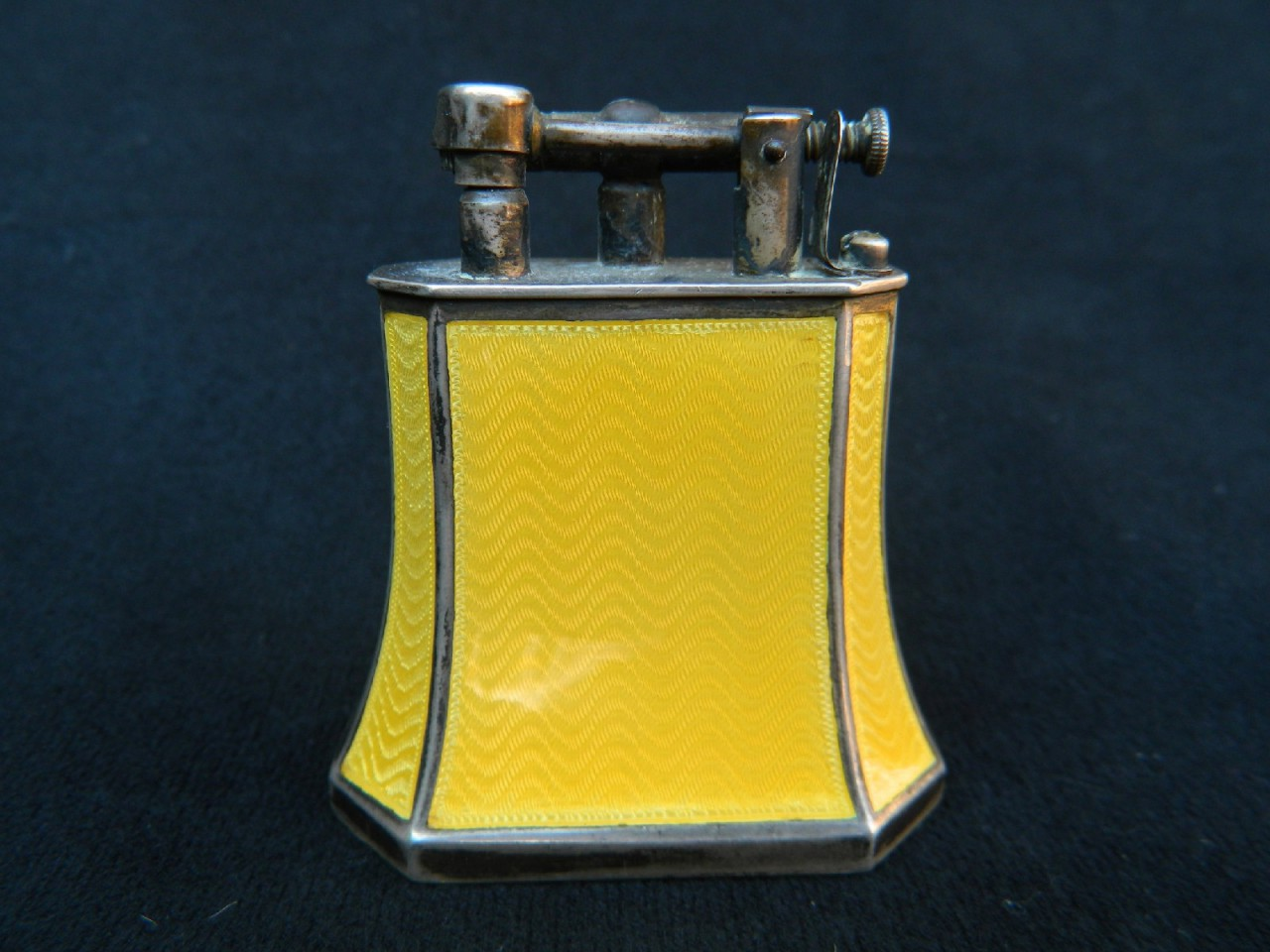 dunhill kuppenheim table lighter fancy