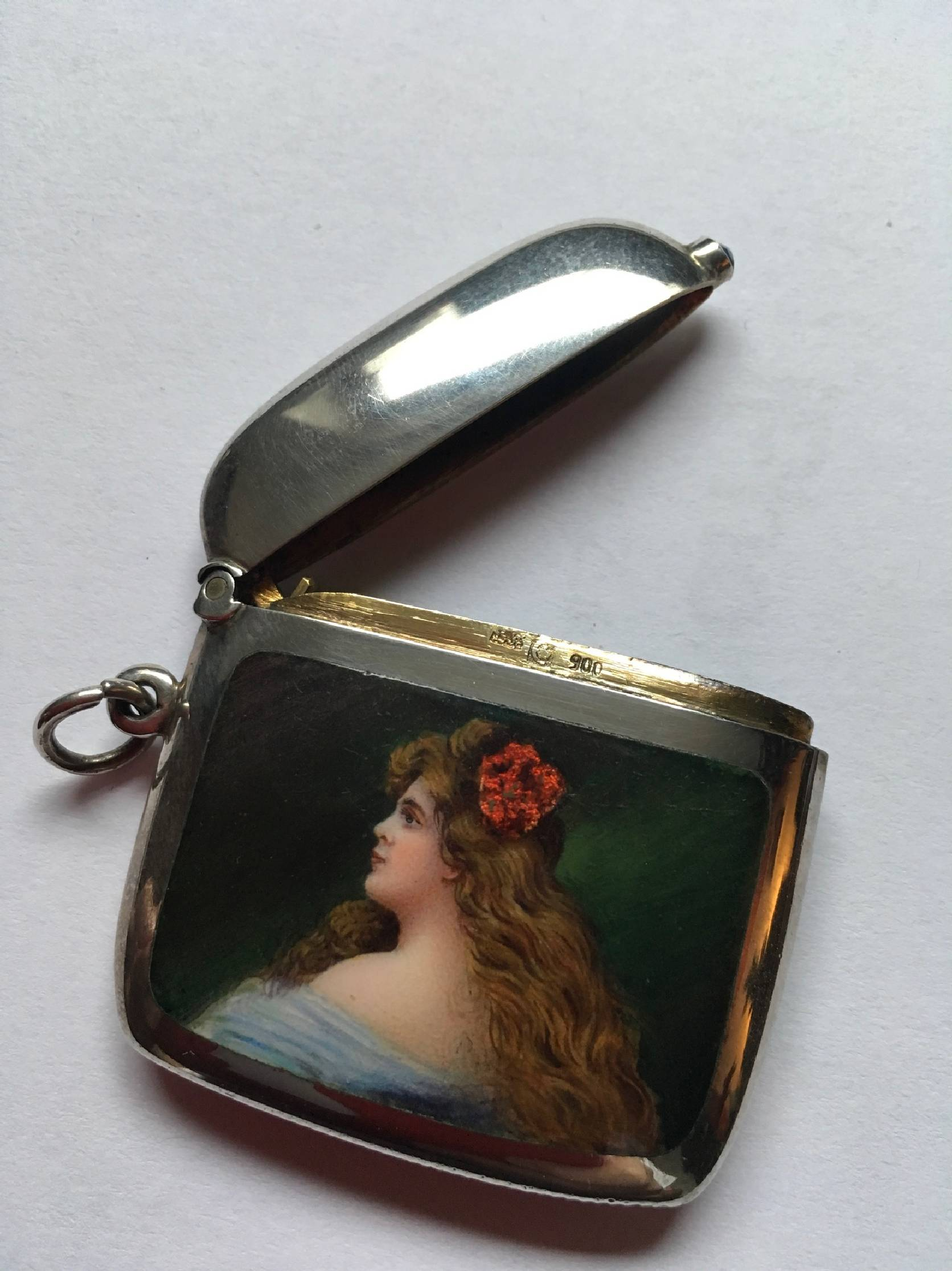 Handpainted around 1905-10